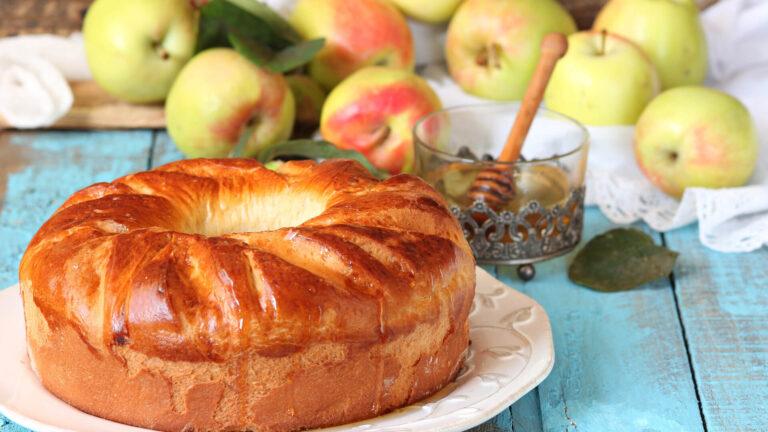 מתכון עוגת תפוחים בחושה