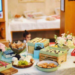 מגשי אירוח לעליה לתורה – 50 אורחים – כפר יונה – משפחת קדוש 19.8.2019